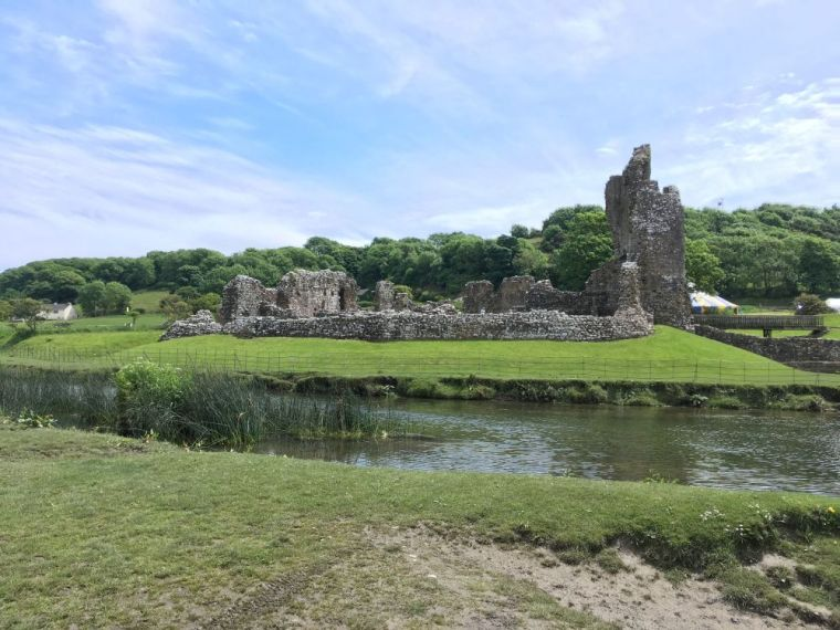 Our 2019 family travel, events and days out bucket list - Ogmore Castle Wales 2017