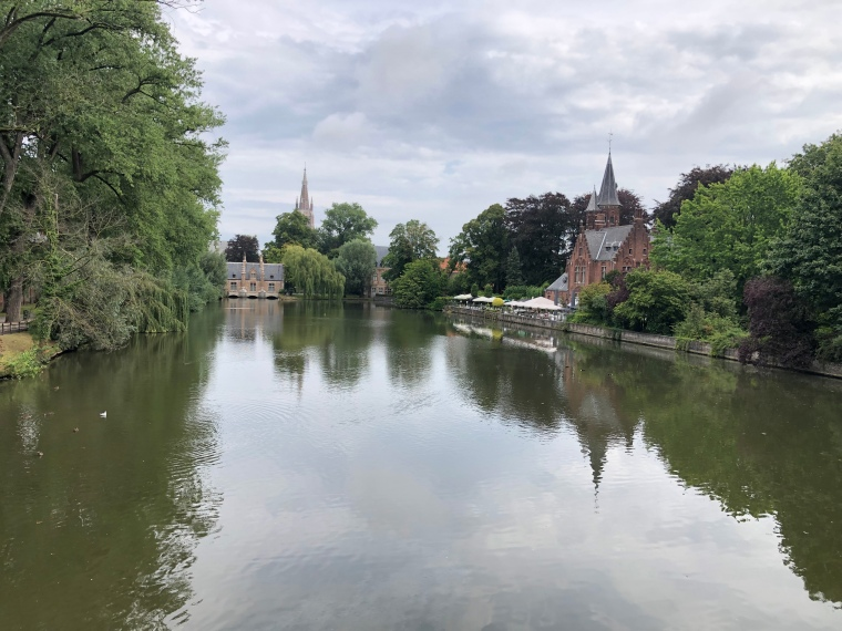 A day in Bruges with kids on our Europe road trip