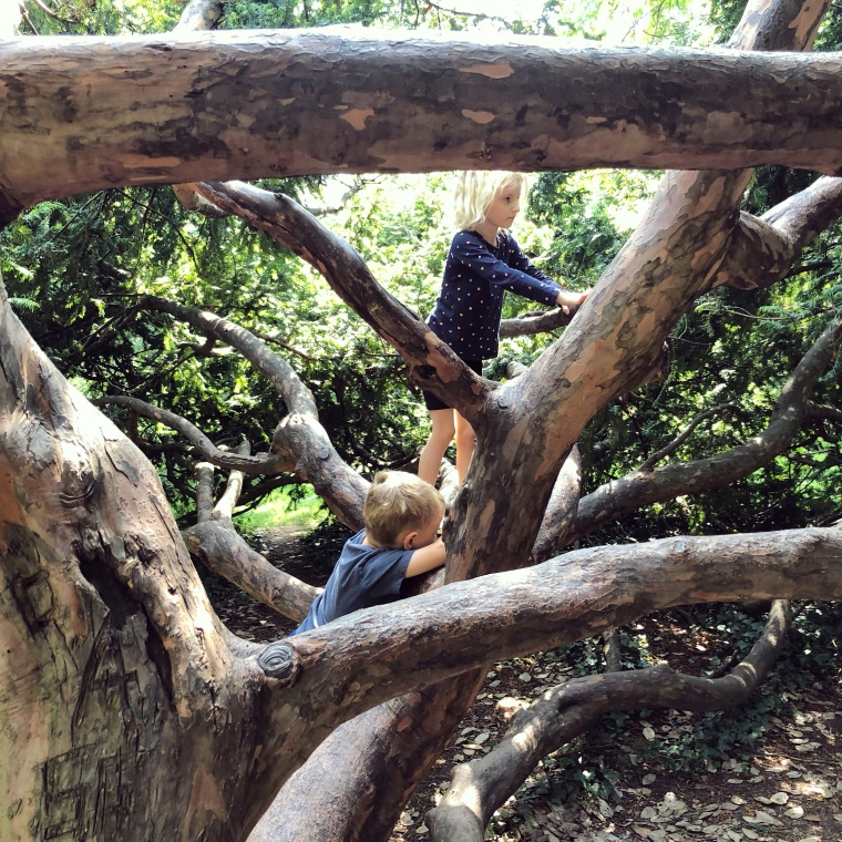 Pittville Park, Cheltenham: free things to do with kids in Gloucestershire