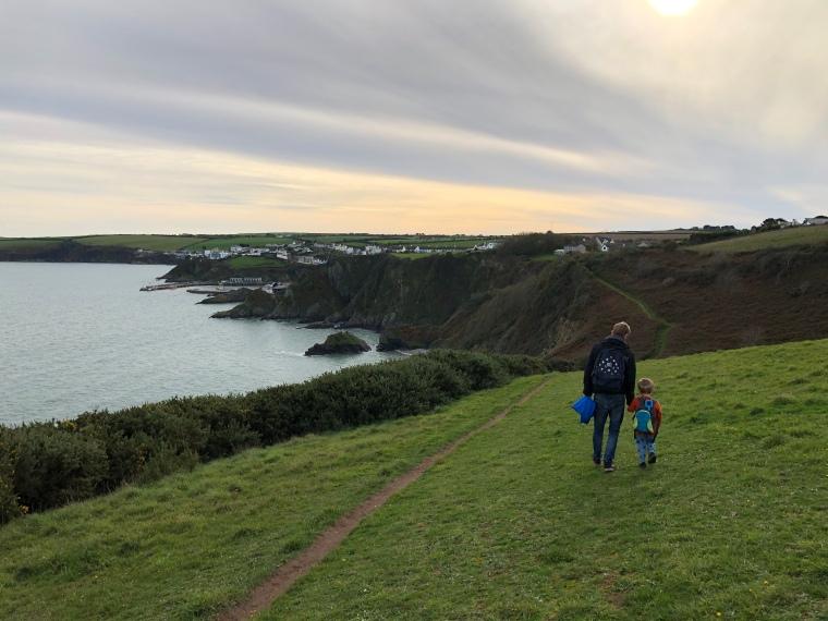 Pentewan Sands to Mevagissey coast path with kids