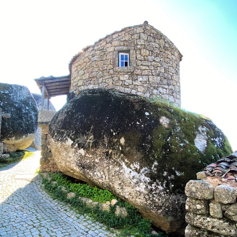 boulder house monsanto Monsanto rock village + castle -  great instagram spots castelo branco portugal