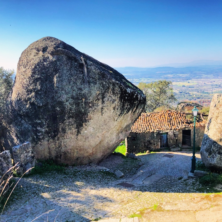 Monsanto rock village + castle - great instagram spots castelo branco portugal