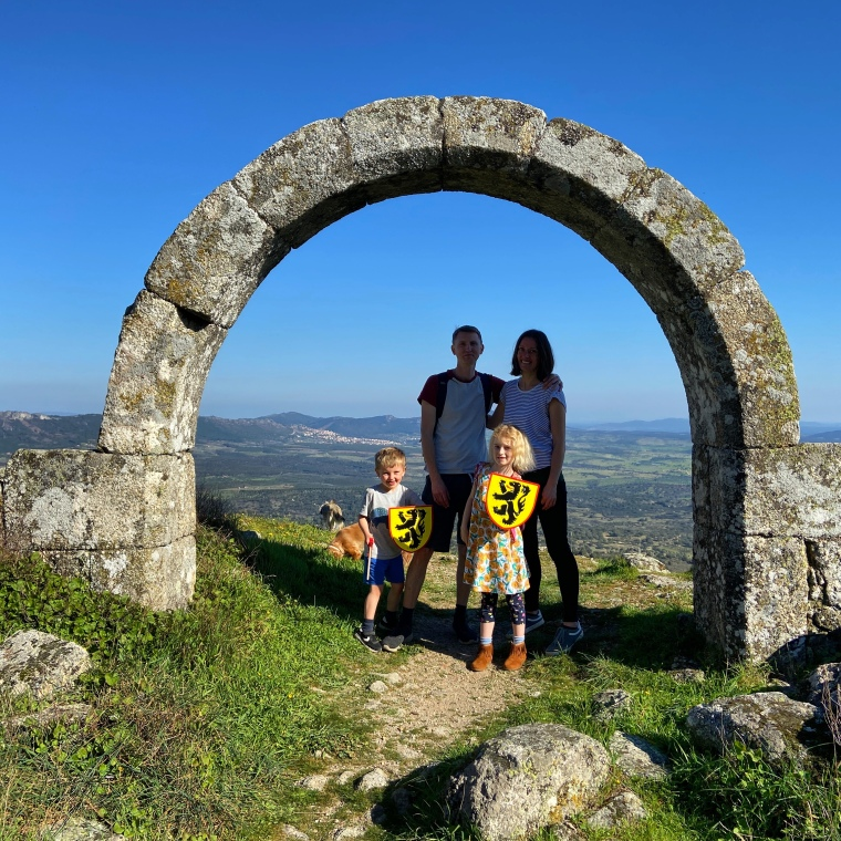 Monsanto arch - Monsanto rock village + castle -  great instagram spots castelo branco portugal