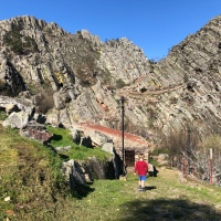 Visiting Penha Garcia fossil mountains in Portugal with kids