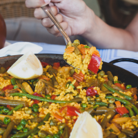 Does vegan paella exist in Valencia Spain?