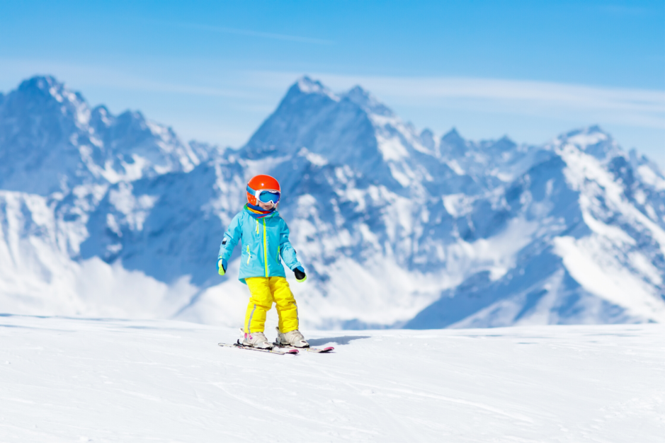 Things to consider when booking a family ski holiday as a beginner