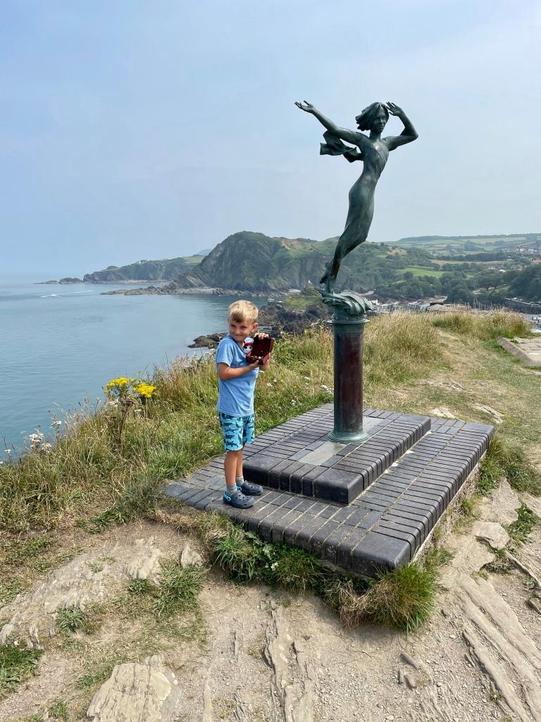 ekaterine statue Ilfracombe